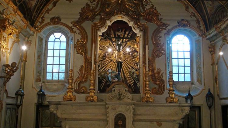 Chapelle Sainte-Croix à Bastia : Christ noir ou Christ des miracles