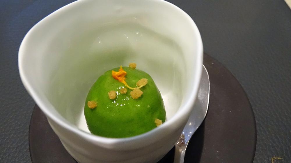 Mousse de gardon de Loire, crémeux de persil