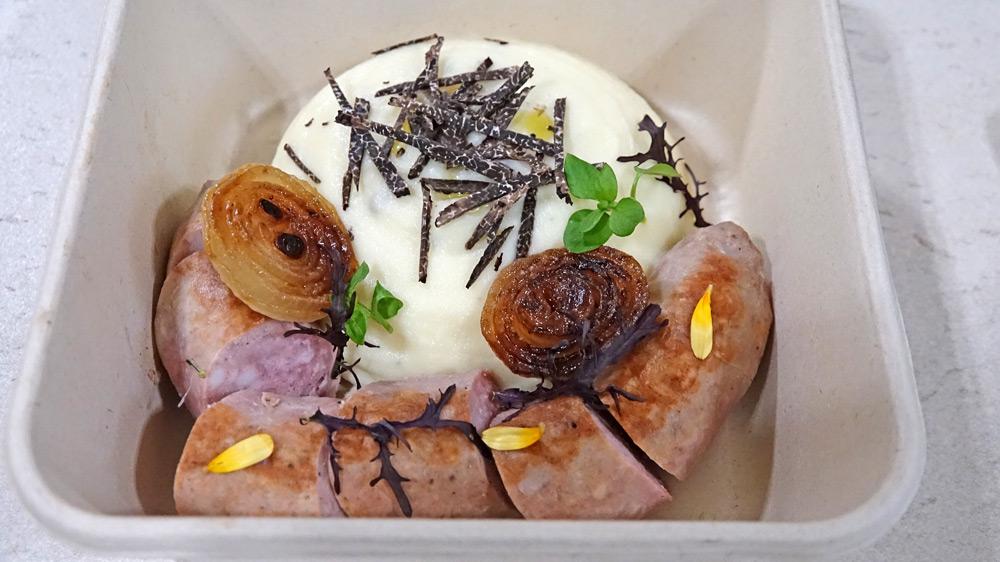 Saucisse de porc Gascon, mousseline de pomme de terre, truffe dans sa boîte