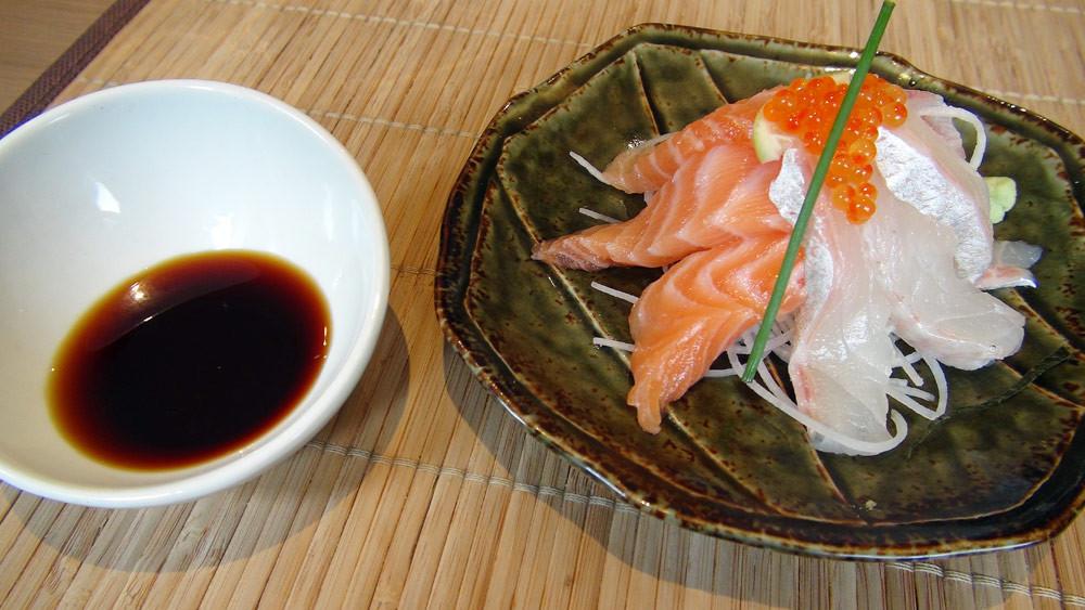 Otsukuri (duo de sashimis, dorade royale et saumon)