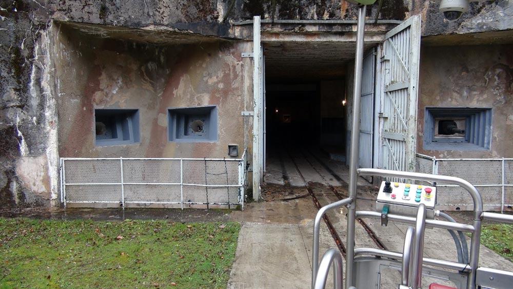 Entrée souterraine