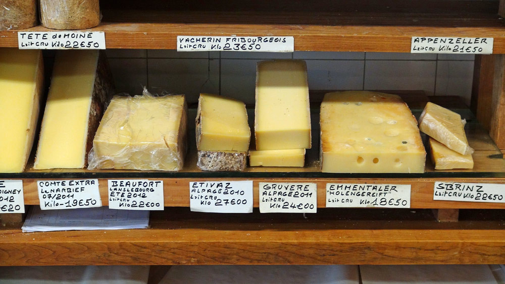 Comté, Beaufort, Estivaz d'alpage 2010, Gruyère d'alpage 2010, Sbrinz (Fromage Suisse, ancêtre du Parmesan) au lait cru ...