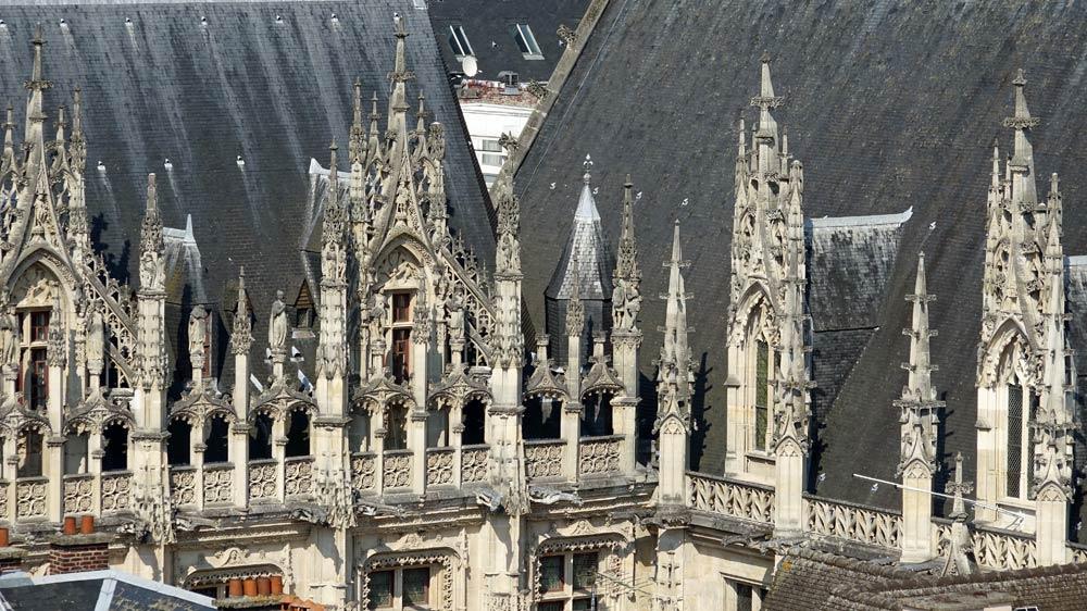 Vue sur le Tribunal de Grande Instance depuis le sommet de la tour
