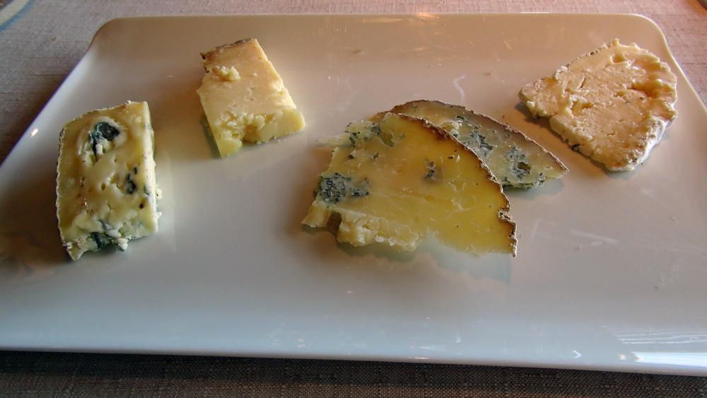 Mon choix : Salers (non Tradition) de 24 mois, Fourme de Valcivières, Gaperon et Bleu de Saint-Flour
