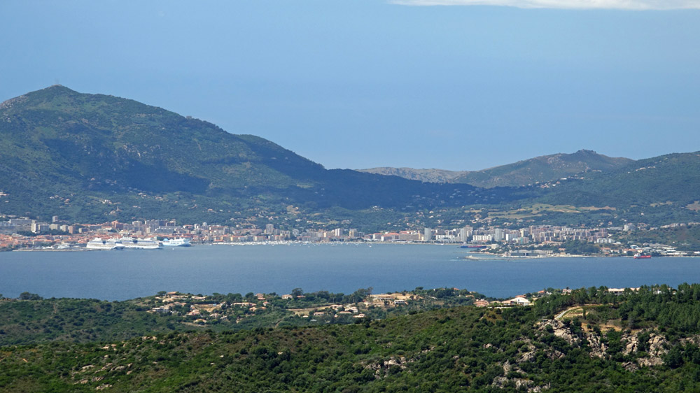 Vue sur Ajaccio depuis Isolella
