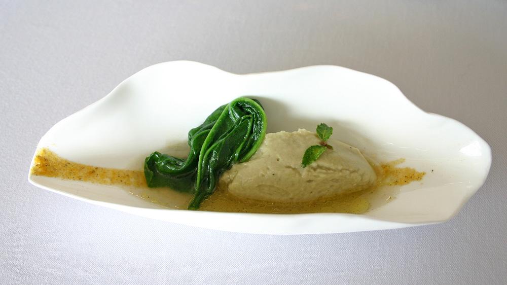 Avec les premiers artichauts : le bouillon & la purée d'artichaut relevés de crevette/orange