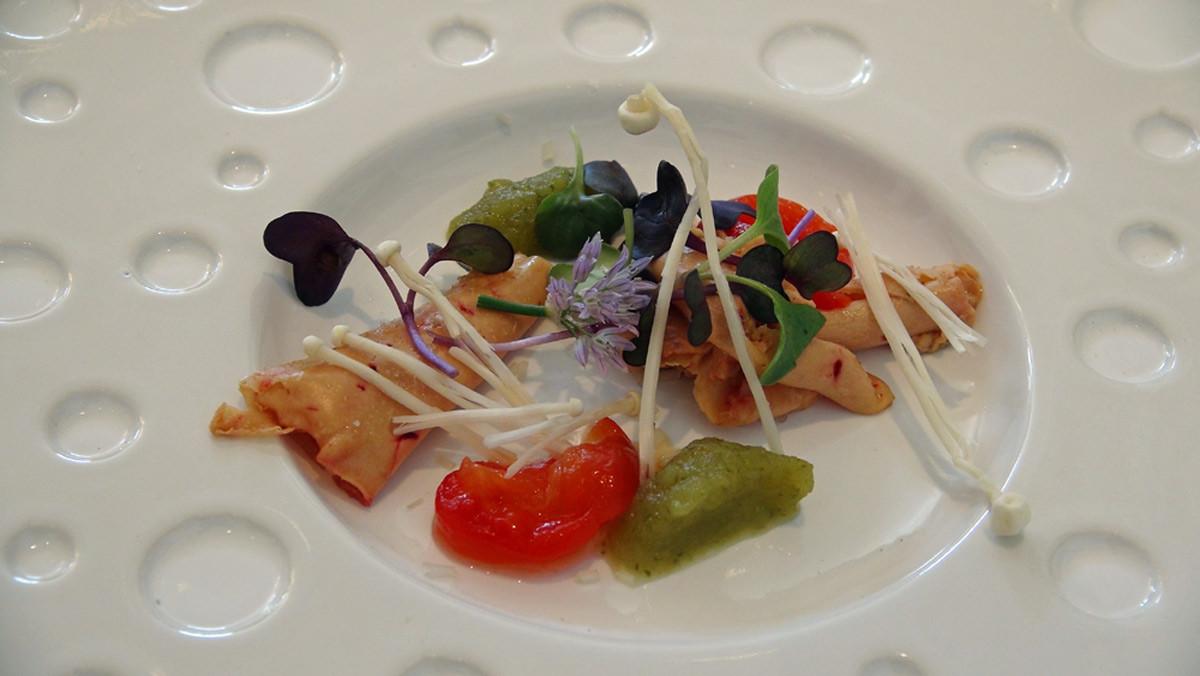 Septembre 2014, déjeuner dans une yourte ... la Mongolie : Enoki, foie gras de Nueil-sur-Layon, cornichons