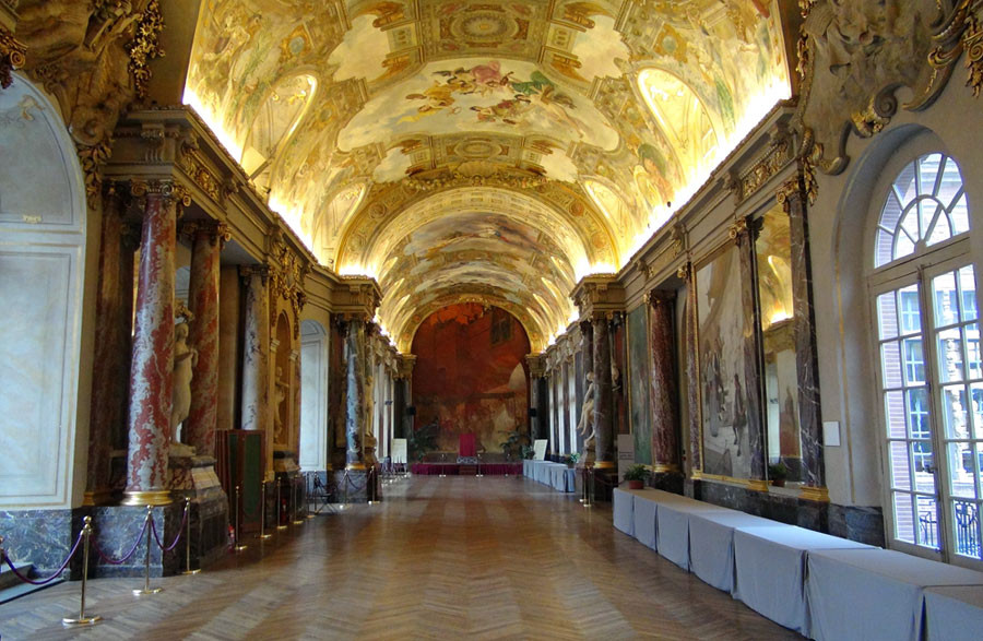 Mairie de Toulouse : la salle des Illustres