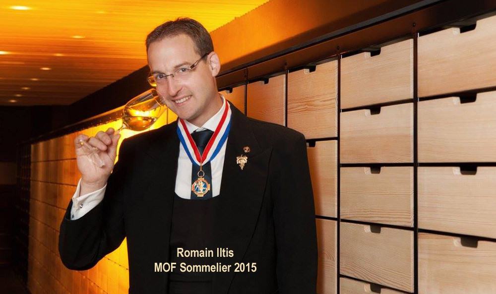 Le sommelier : Romain ILTIS MOF 2015 - Crédit photo : Facebook Villa René Lalique