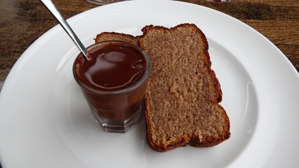 Gâteau à la châtaigne et sa verrine de chocolat chaud