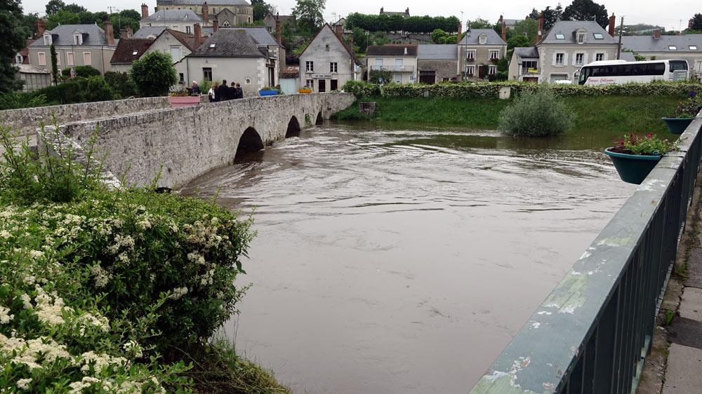Le vieux pont de Candé-sur-Beuvron