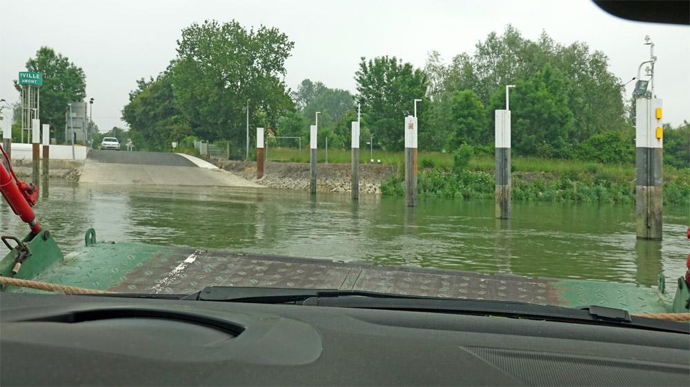 Moins de 5 minutes après, nous arrivons à Yville-sur-Seine