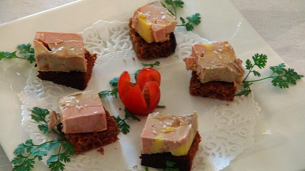 Foie gras de canard au pain d'épices