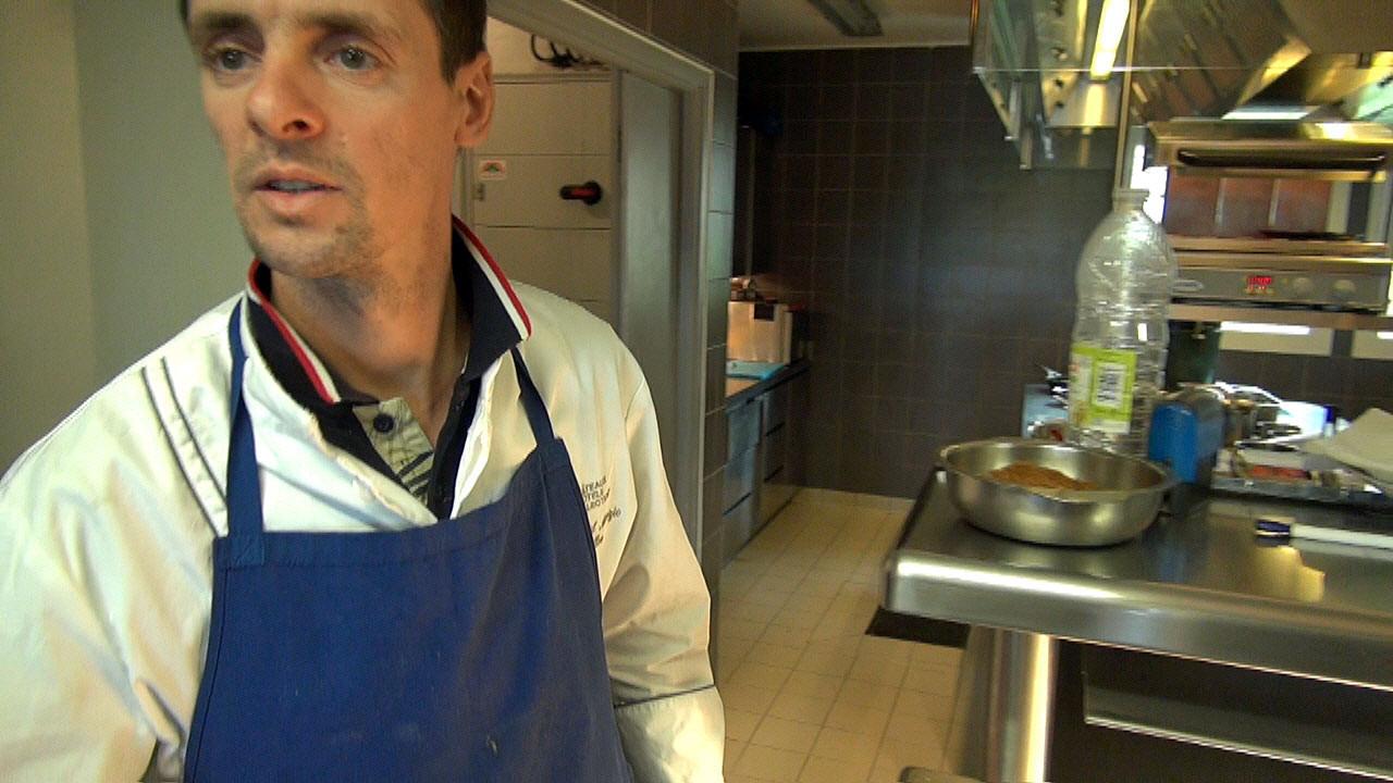 Cyril Attrazic me reçoit en cuisineee