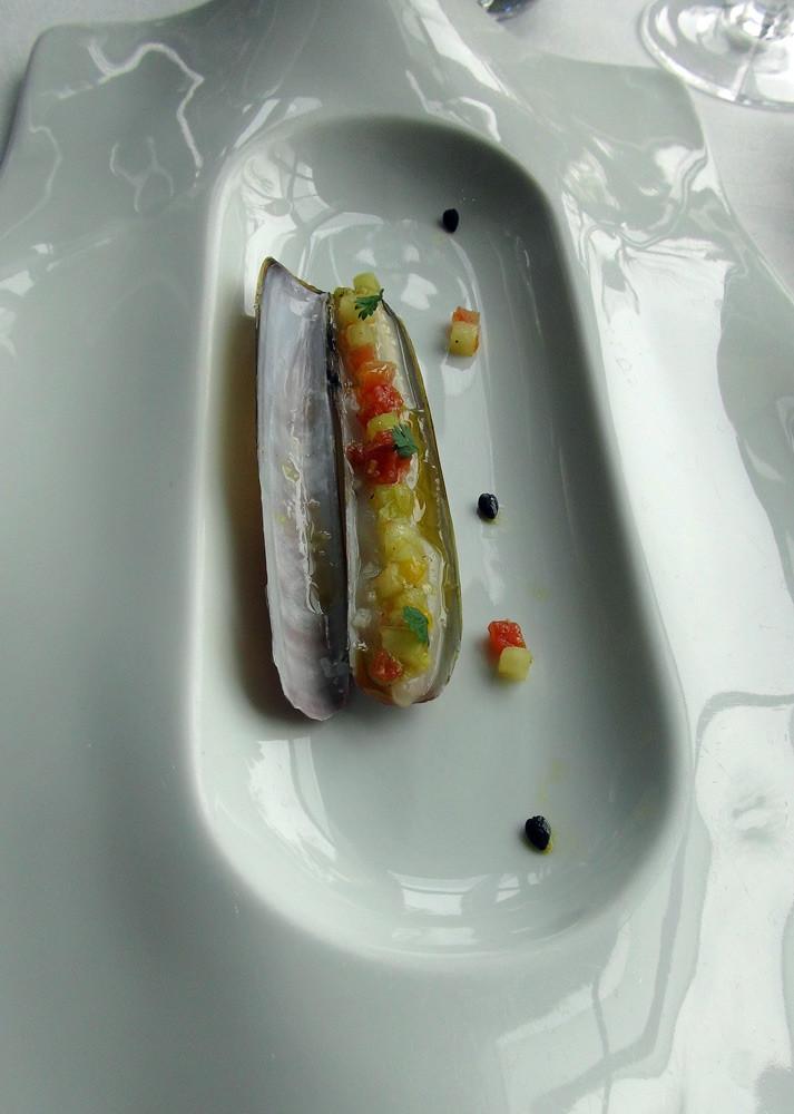 Couteau mariné aux fruits de la passion et tomate
