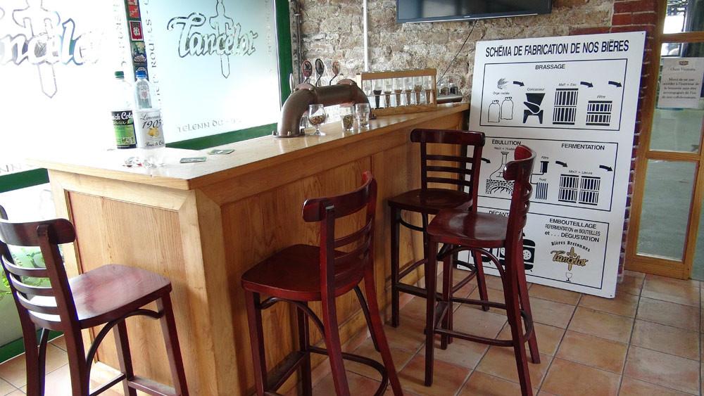 Le bar pour la dégustation, après la visite