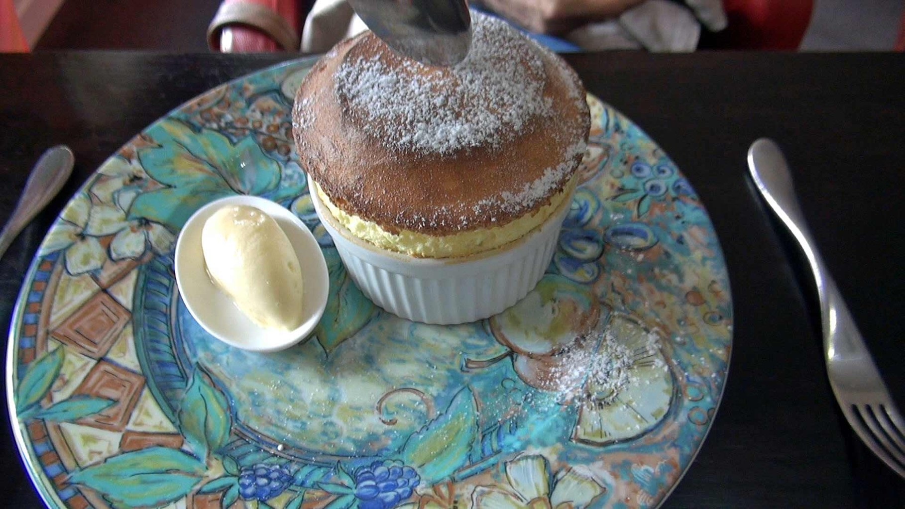 Le service du Soufflé citron, glace chocolat blanc : épisode 1