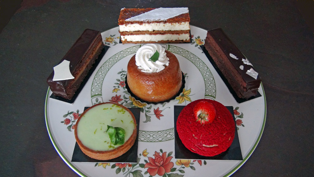 Les 6 gâteaux achetés