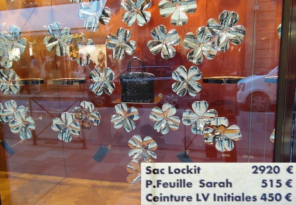 Boutique Louis Vuitton ... rue Croix Baragnon