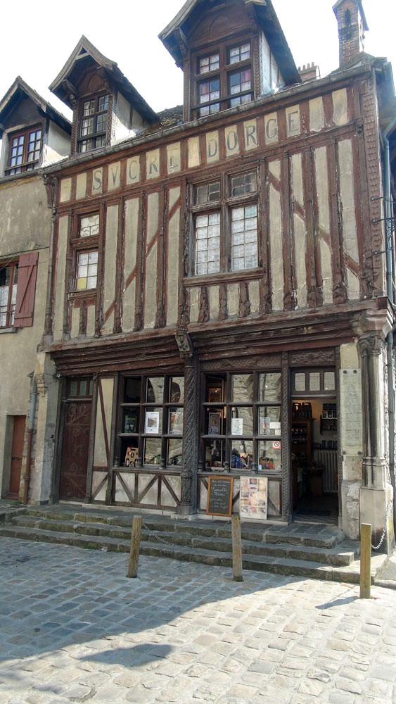 Le magasin de Moret-sur-Loing