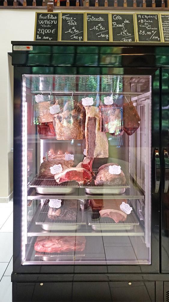 Armoire de stockage des viandes prêtes à être dégustées