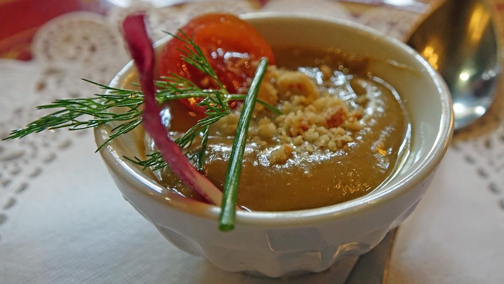 Patience : Tartare d'artichauts, gaspacho de tomates