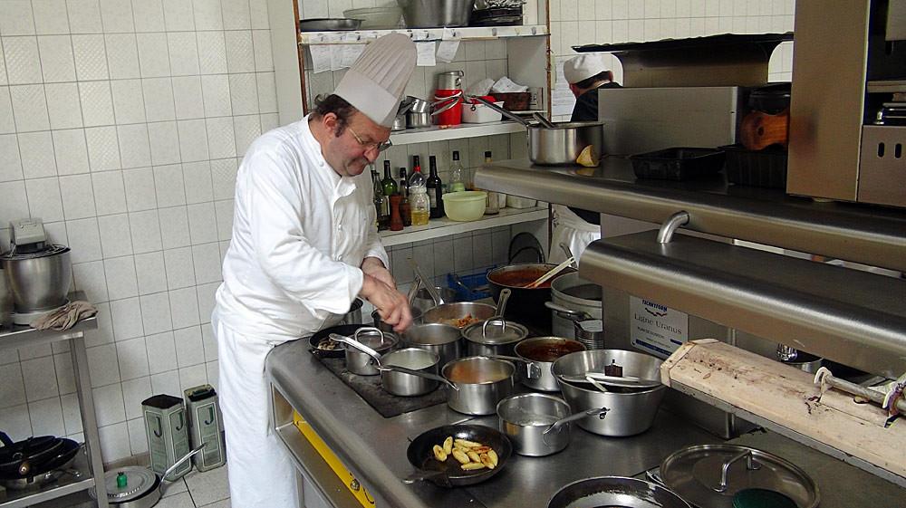 Christian Chauveau, Maître-cuisinier, aux fourneaux