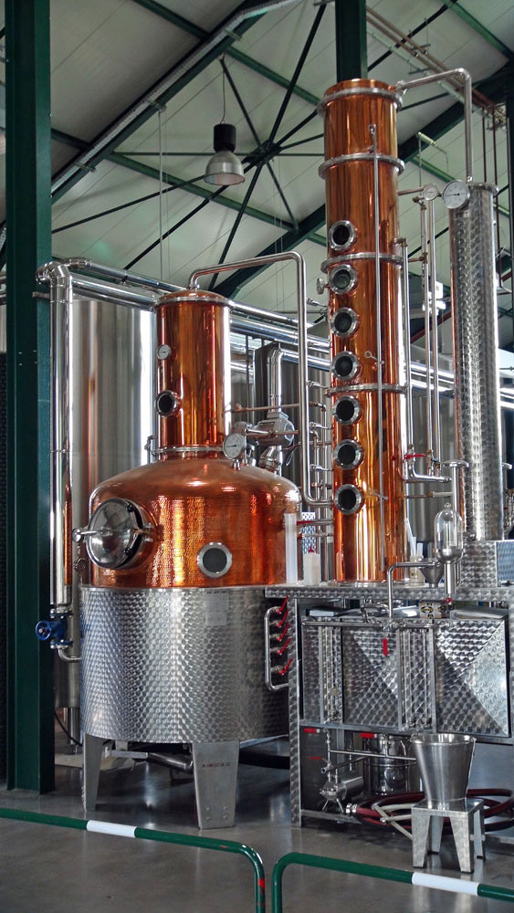 "L'alambic de distillation du whisky ""limousin"""
