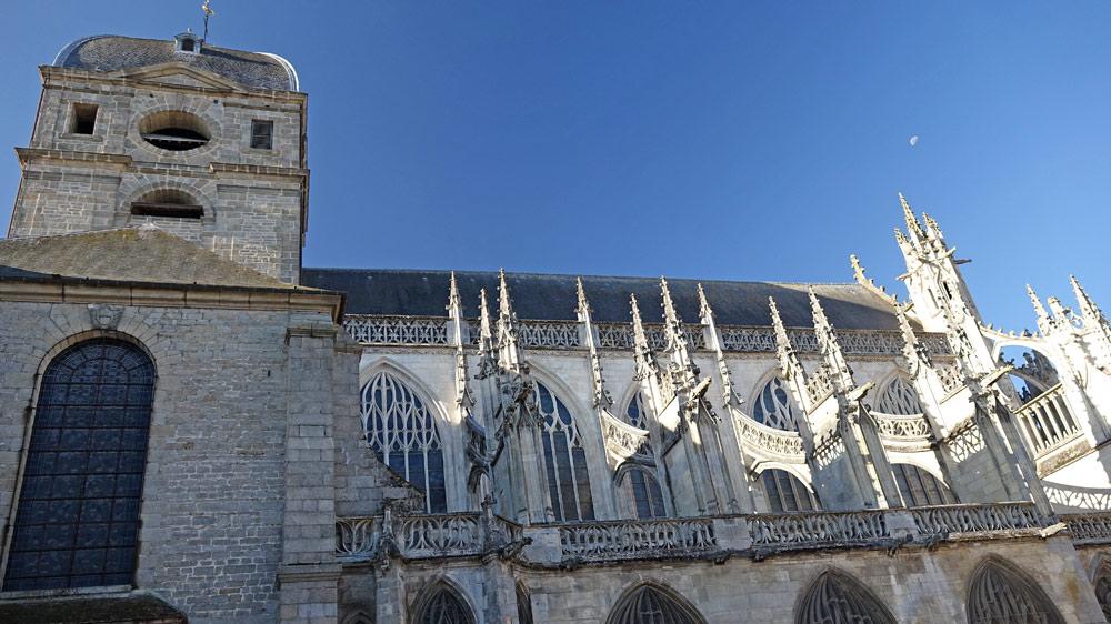 La basilique Notre-Dame (fin XIVème - XVIIIème siècles)
