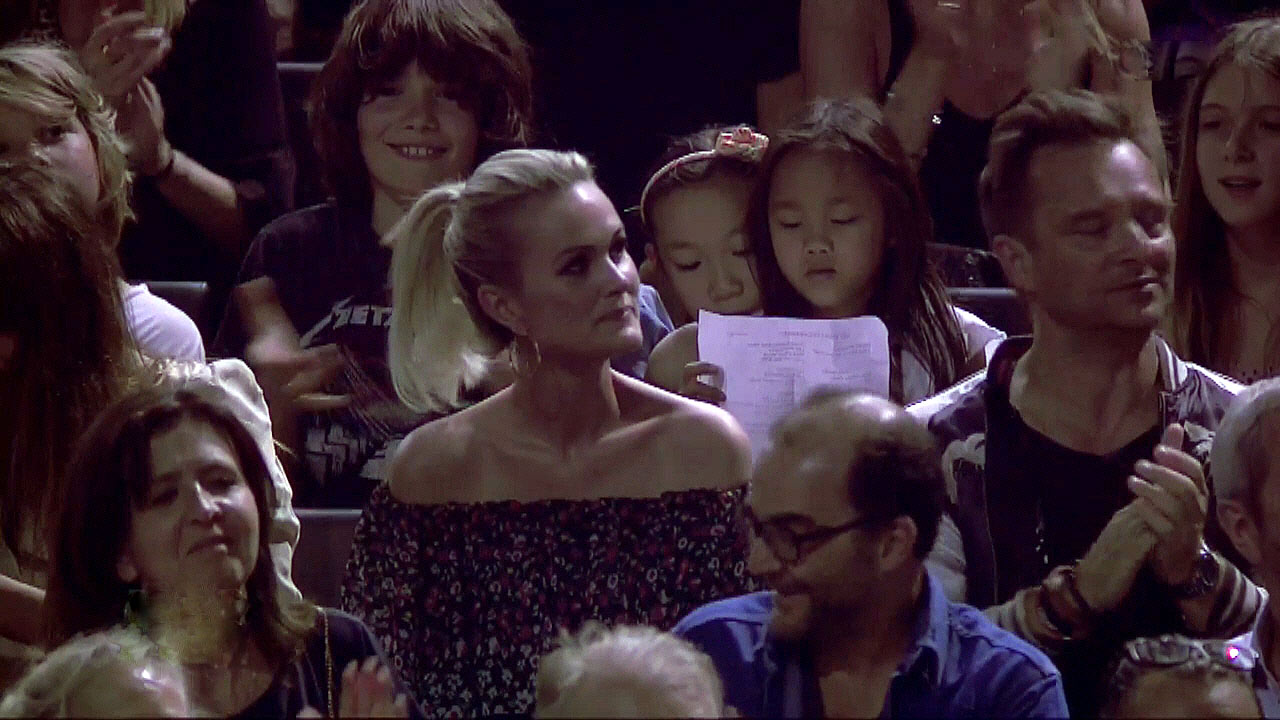 Avant, Le pénitencier, Johnny remercie sa famille présente ce soir - Crédit photo TF1