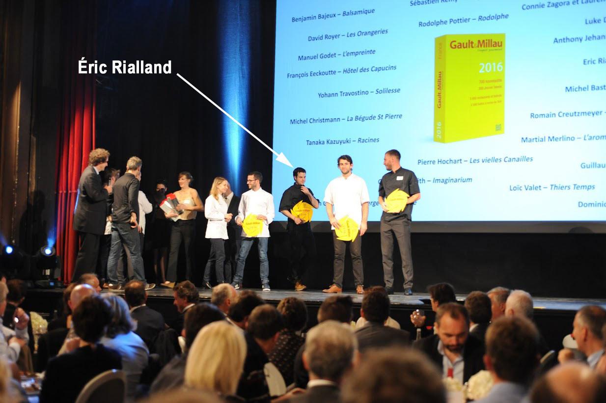 """Eric Rialland à la soirée Gault & Millau du 26 octobre 2015 pour son trophée """"Jeune talent 2016"""""""