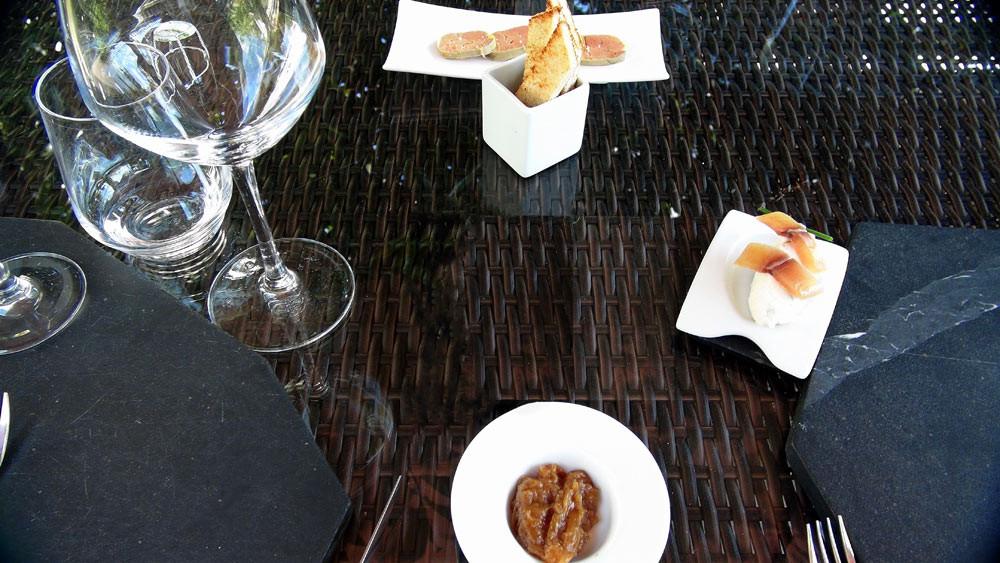 Rillettes de sandre de Loire au cresson de fontaine et mulet sauvage - Chutney d'échalote au Layon - Terrine de foie gras et pain toasté