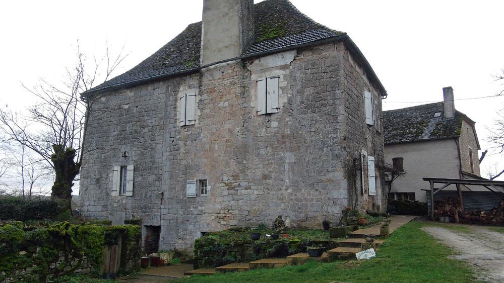 L'imposante bâtisse du 12 ème siècle