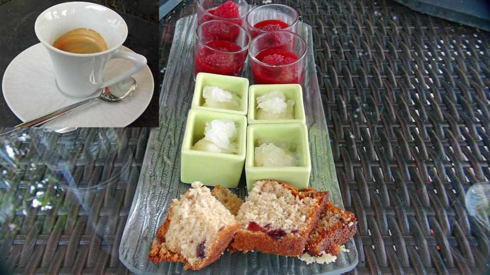 Coulis de framboises et framboises fraiches, granité amaretto et cake à la griotte