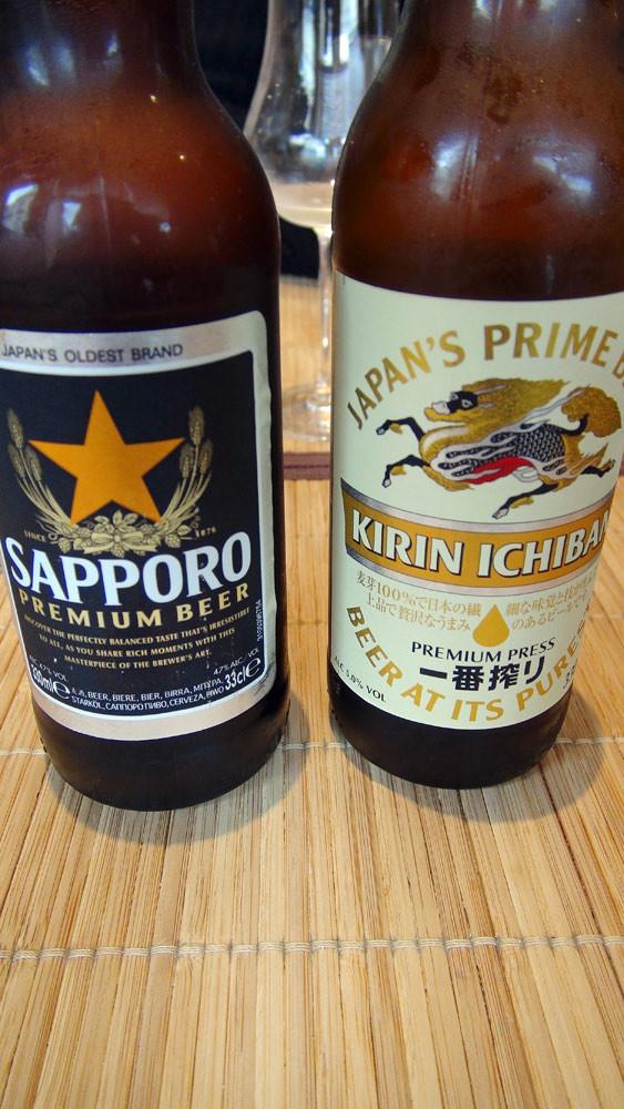 """Bières japonaises (Sapporo et Kirin ichiban), 2 bières de fermentation basse, donc des """"pils"""""""