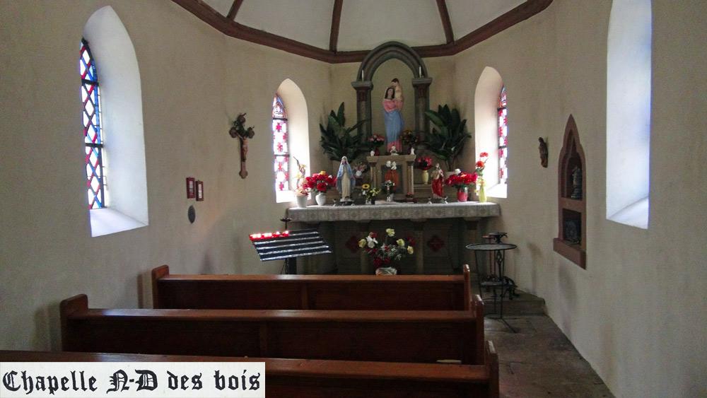 L'intérieur de la chapelle Notre-Dame des Bois - 26 mars 2016