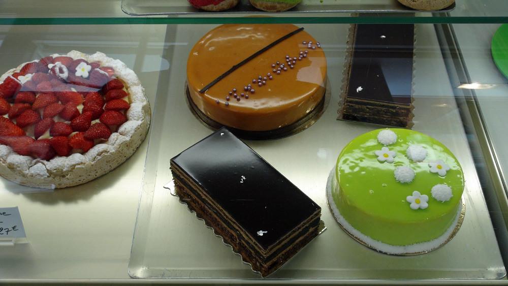 Gros gâteaux (pas d'étiquettes, ni de prix, ni de composition !)
