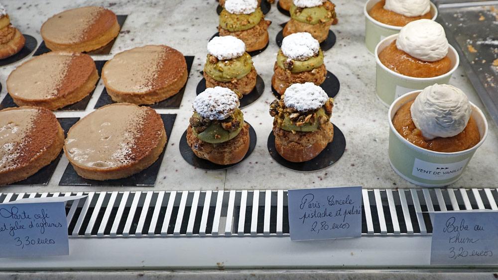 """Tarte café et gelée d'agrumes - Paris-Cancale pistache et praliné - """"Savarin"""" au rhum"""
