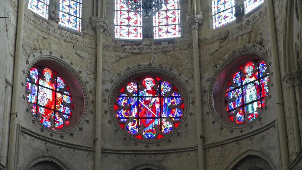 Moret-sur-Loing : vitraux de l'église