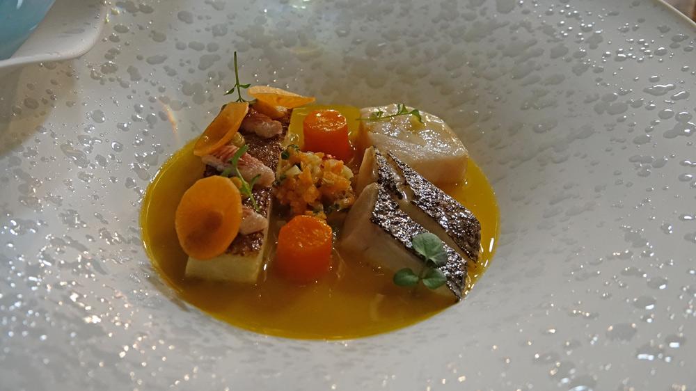 Pôchouse de poissons, carotte, safran de Sologne, anguille fumée