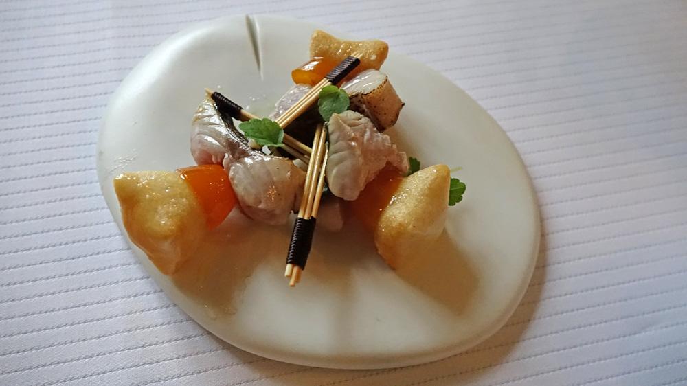 Dôme de foie gras et sa gelée de mûre