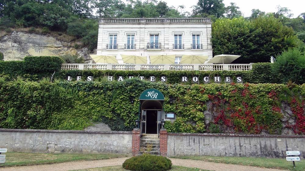 Les Hautes Roches dominent la Loire