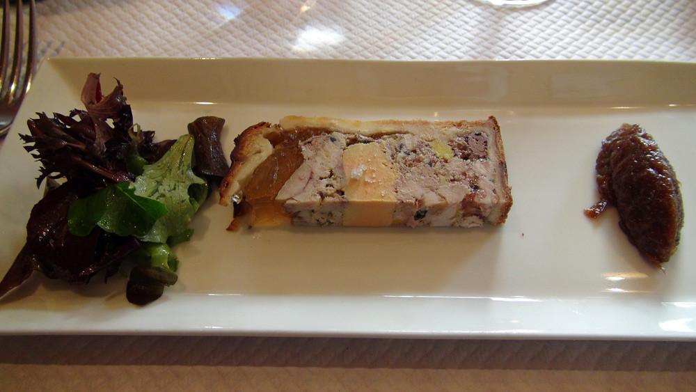 Pâté en croûte au foie gras et ris de veau (Champion du monde 2009)