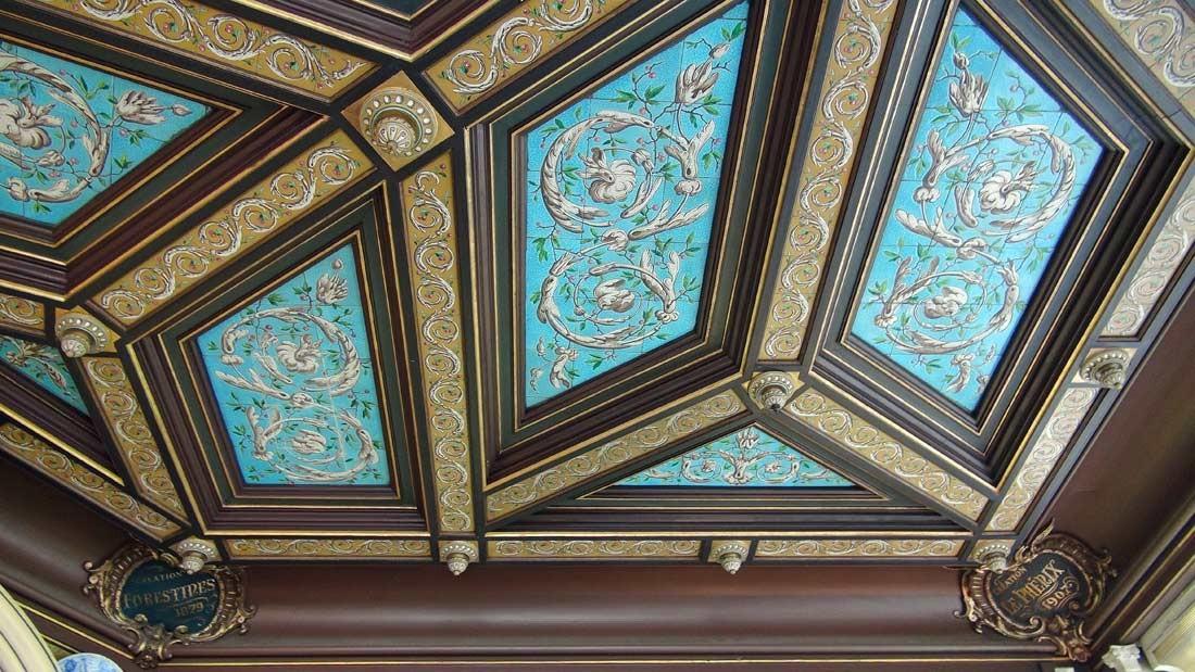 Le plafond et 2 spécialités (Forestines et Phérix)