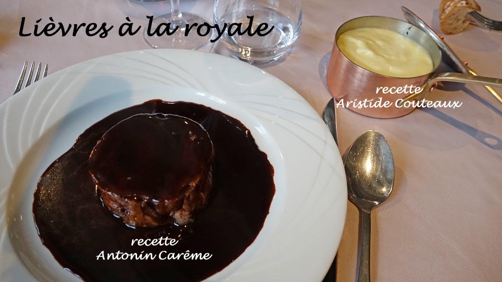 """Les 2 versions de """"Lièvre à la royale"""" sur table, versions Antonin Carême et Aristide Couteaux"""