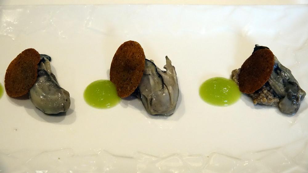 Patience : Huîtres tièdes de Lanmodez, duxelles de champignons de Paris, pomme verte