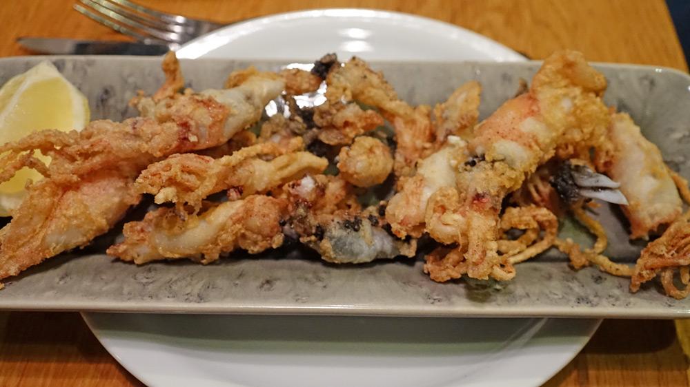 Petits calamars frits