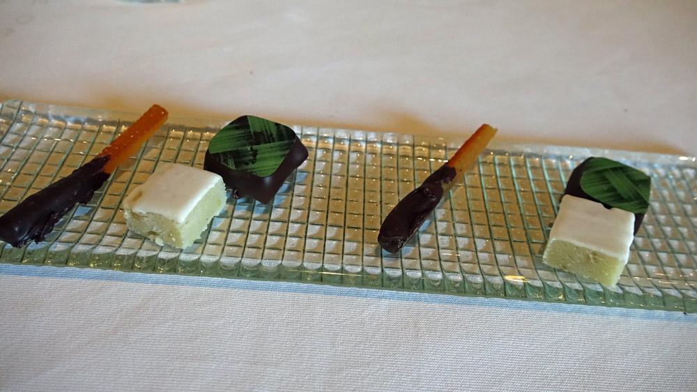 Carré de chocolat pistache, Orangette et Calisson,