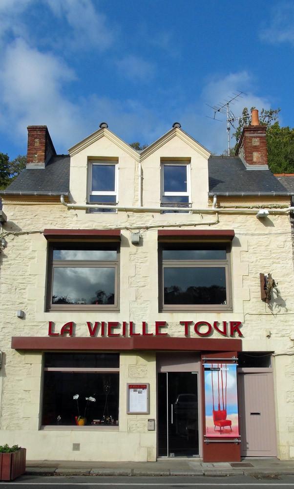 La façade de la Vieille Tour