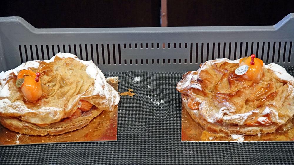 Pâtisseries individuelles en attente